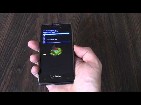 How To Hard Reset A Motorola Droid Razr Maxx XT912 Smartphone