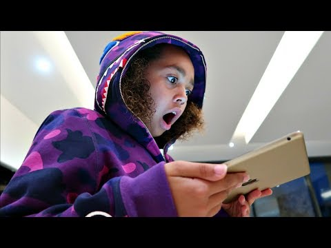 Thumbnail: KIDS REACT TO 7 MILLION SUBSCRIBERS!