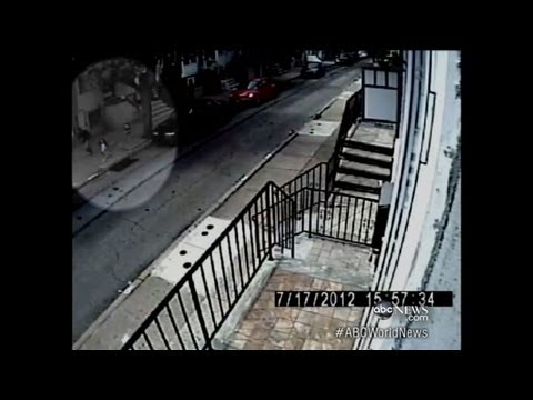Child Abduction Attempt in Philadelphia Caught on Tape