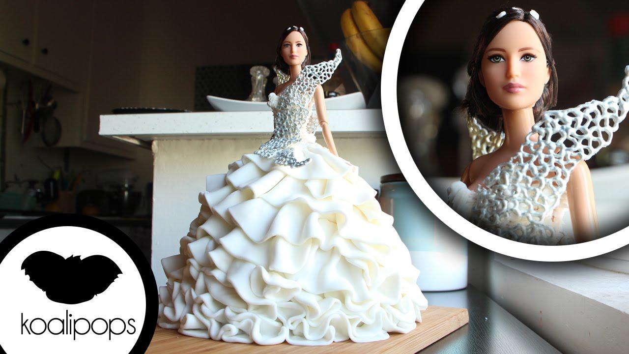 How To Make Katniss Everdeen's Wedding Dress