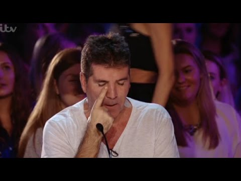 SUSAN BOYLE MAKES SIMON COWELL CRY !