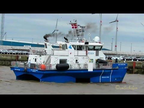 offshore tender SEA HURRICANE OUXA2 IMO  9672959 Emden crew speedboat