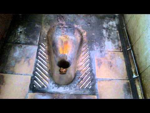 скрытая камера в женском туалете в унитазе » Pornosecret у