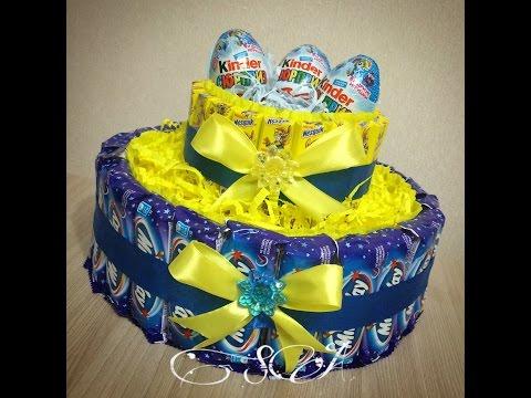 Торт из конфет Milky Way (Милки вей) и Nesquik (Несквик).