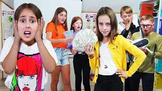 ¡La ex novia de Sava se convirtió en una colegiala adinerada y se robó a todos los amigos de Eva!