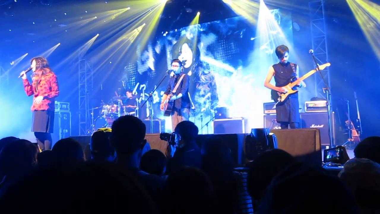 麋先生 Mixer2015【向著南邊】演唱會 -- 箱子 - YouTube