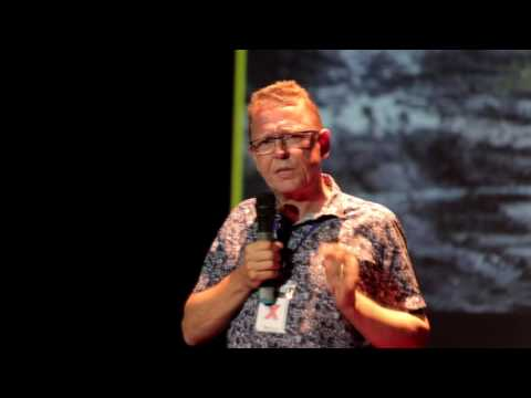 Vietnam and climate change: it's high time to act | Koos Neefjes | TEDxBaDinh