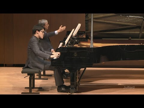 Yuchong Wu: Bach's French Suite No. 5 | Juilliard Murray Perahia Piano Master Class