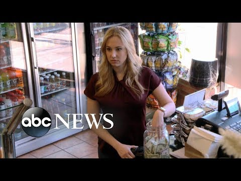 Blonde woman and black man steal money from deli tip jar [TIP JAR PART 1] | What Would You Do? Mp3