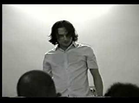 Renato Dhavi - Monólogo