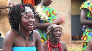 Adungu Cultural Troup and Akello Influences - Awinyo - The Singing Wells project