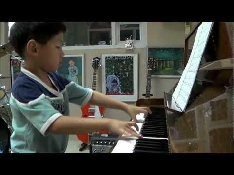 เด็กเปียโนเทพ 7 years old :Mozart Turkish march :Beethofien4