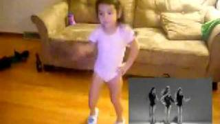 Arianna dancing to Beyonce's