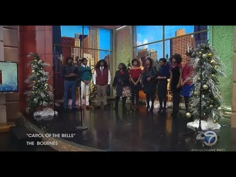 Chicago Family Choir: The Bournés sing 'Carol of the Bells'