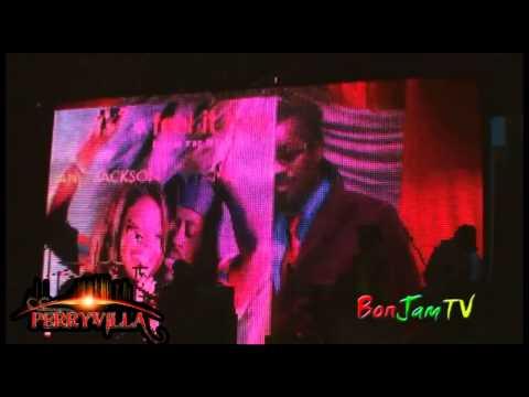 Beenie Man Receives Lifetime Achievement Award 2013