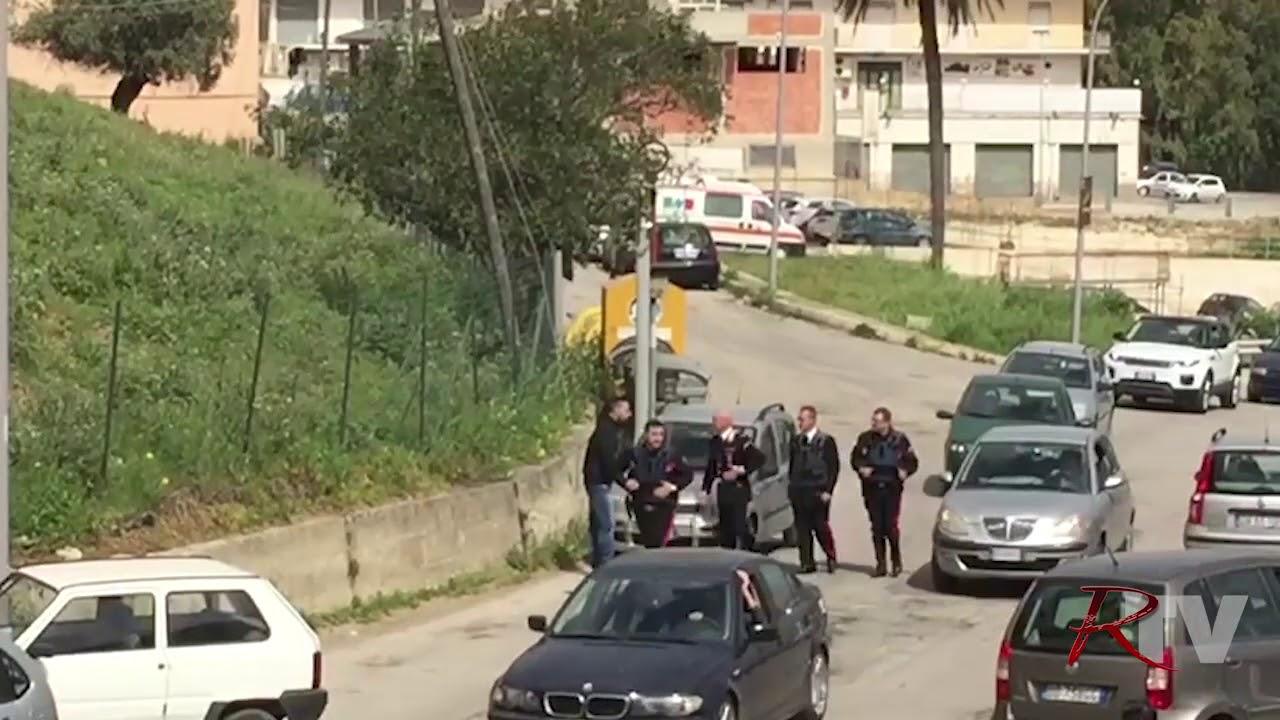 Azione Carabinieri Via Ovidio 160420181 Youtube