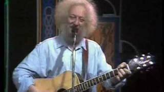 Watch Dubliners Seven Drunken Nights video