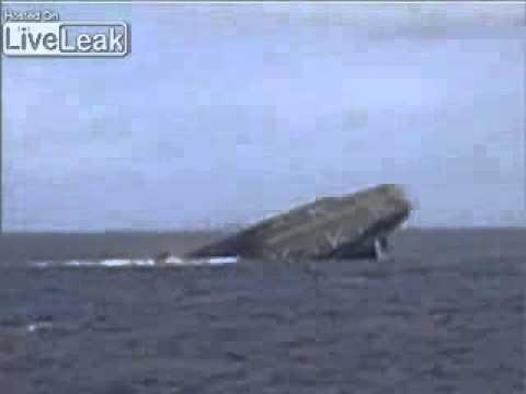 LiveLeak com   Last Moments Of The USS Belleau Wood