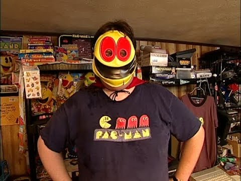 Oh you guys thought the TMNT girl was bad? Get a load of this guy obsessed with Pac-Man
