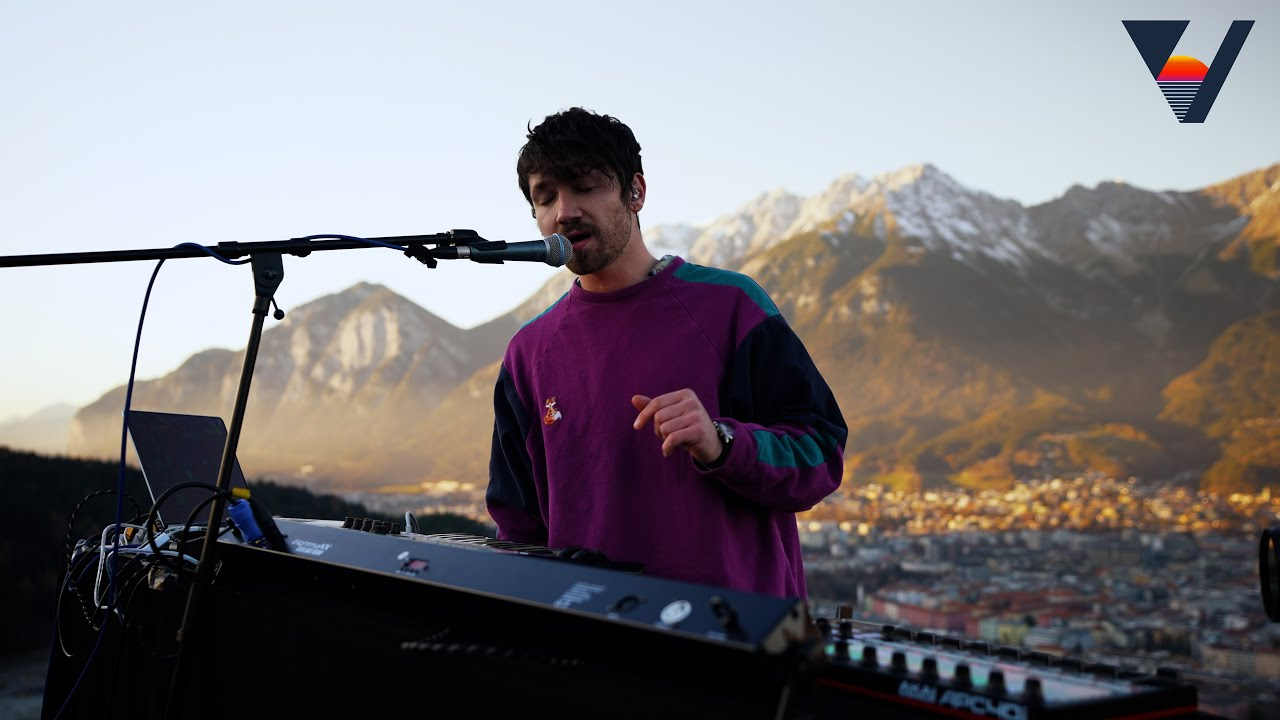 Download Felix Raphael (live) for Vibrancy Music   Bergisel Innsbruck