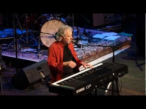 """Chuck Leavell performing """"No Special Rider"""""""