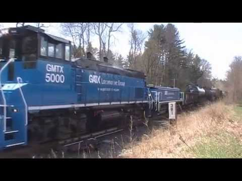 GMTX Slug Set At CPF-381 Without & With Freight Cars. 4/28/14