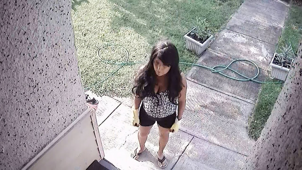 white  female knife-wielding intruder wanted to see the baby...to stab it.