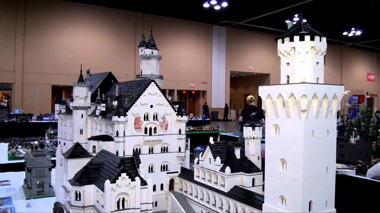 Lego Förvaringshuvud Large ~ Huge LEGO Castle Neuschwanstein Brickworld Chicago 2014 YouTube