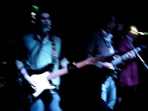 I Fought the Law - The Clutch - Teatro Bar 20110204 - Caracas