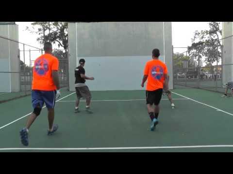 Bazooka Joe & Tuna vs Json & Philly