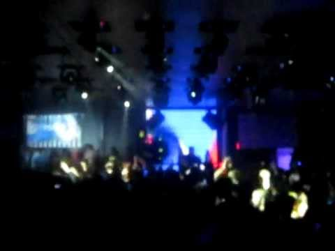 Alesso - Palladium (Refune Records) Played by Seb. Ingrosso in Montreal
