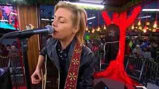 Anna Ternheim - Holding on (Live @ Musikhjälpen 2017)