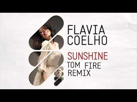 Flavia Coelho -