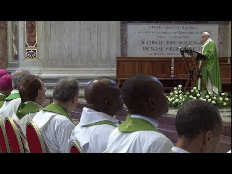 Pope Francis at Mass for Refugees: There is temptation today to build walls; poor are trampled