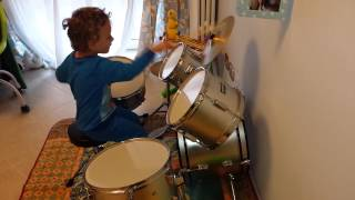 baby drummer 3 years old