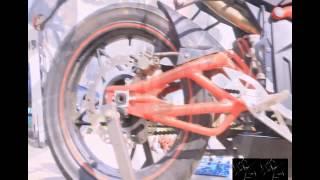небольшой видео обзор M1NSK R 250 vs  Honda CBR250R(небольшой видео обзор мотоцыклов M1NSK R 250 и Honda CBR250R., 2014-09-06T20:14:24.000Z)