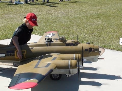 HUGE RC B-17 + A AMAZING save!!!