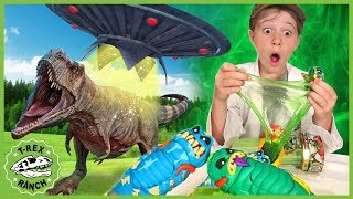 [11.81 MB] Dinosaurs vs Aliens! Search for Treasure X Aliens Toys with T-Rex Dinosaur Escape for Kids