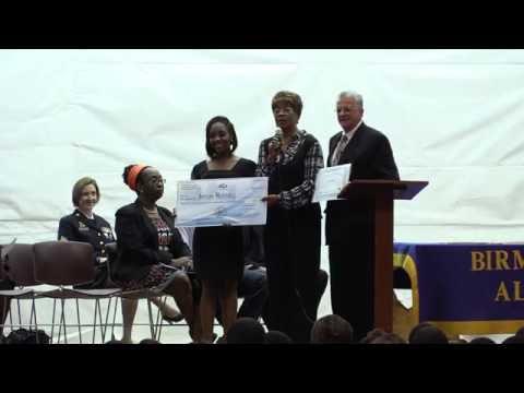 President Pro -Tem Steven Hoyt Awards Scholarships to Students
