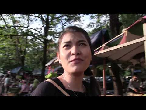 Picnic & Swimming Area in Kampot, Cambodia 2017, Round table dinner by Khmer Funan
