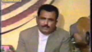 أحمد يوسف الزبيدي - فيوز القلب محروقة (جلسة الامارات).flv