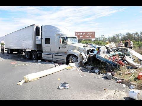Car Crash Compilation 2017 06 11 #132 Car Crash very shock dash camera 2017 NEW HD