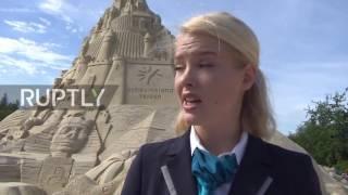 Germany: Contender for world's highest sandcastle fails in Duisburg