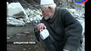 Долгожитель Цумадинского района помогает сельчанам