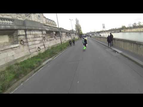 Longboarding for Peace :opération sourire Paris