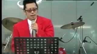 あのビートたけしさんの浅草キッドを見事に歌い上げています。歌かなり...