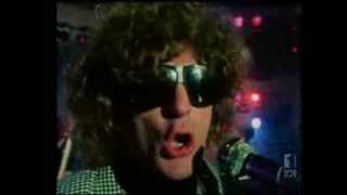 Watch Ian Hunter We Gotta Get Out Of Here video