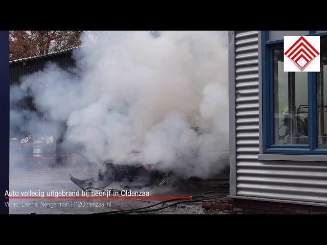 Auto brand volledig uit bij bedrijf in Oldenzaal
