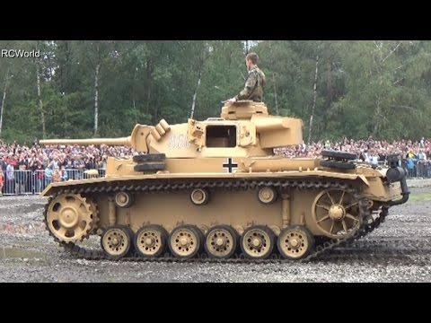 Stahl auf der Heide 2014 ♦ Panzer III 3 M Wehrmacht German Medium Tank in Action WW2 HD