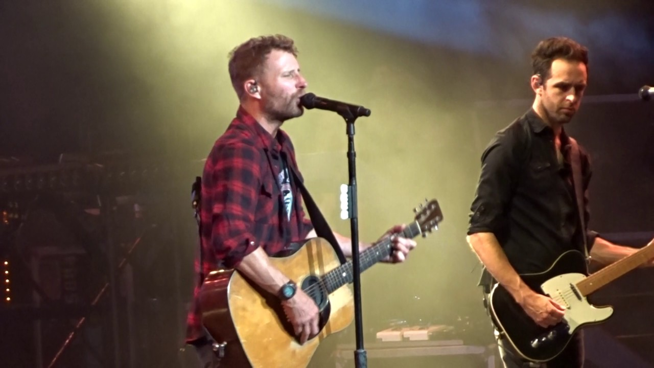 "Dierks Bentley In Bristow ""Every Mile A Memory"" 6/09/17"